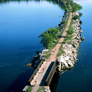 201208-wg-boston-burlington-vermont-island-line-trail