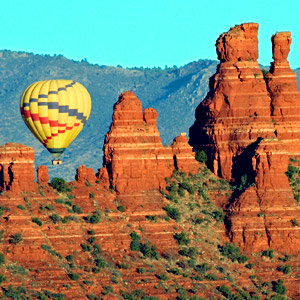 201208-wg-phoenix-hot-air-ballooning-sedona