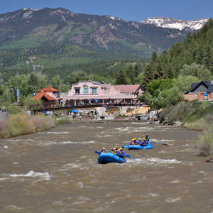 201208-wg-santa-fe-rafting-and-kayaking-in-pagosa-springs