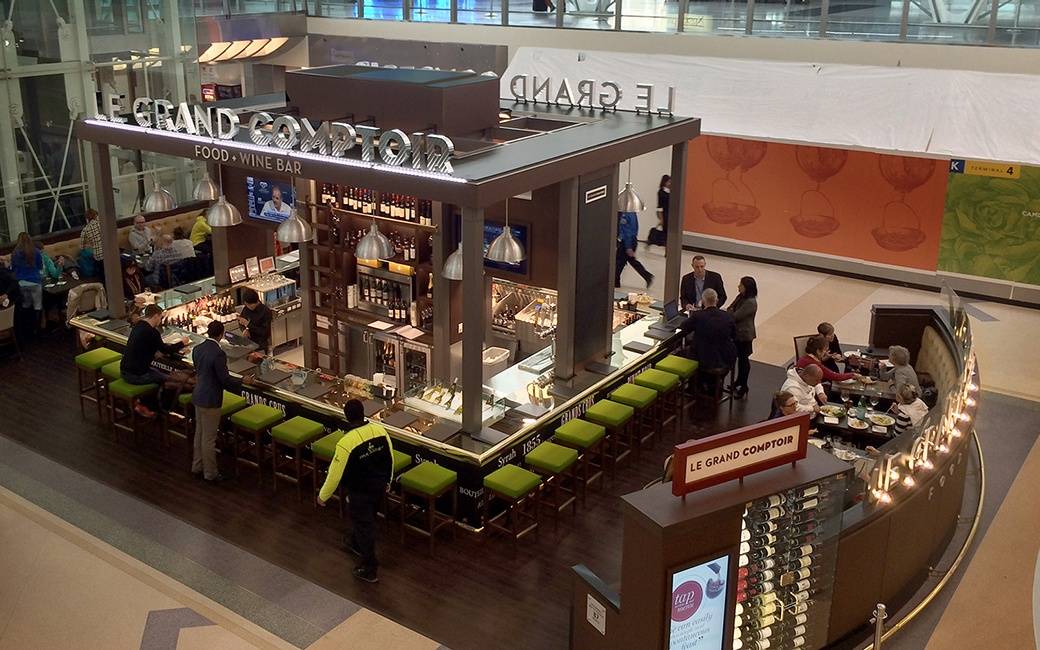 The best airport beer bars travel leisure - Le grand comptoir en ligne ...