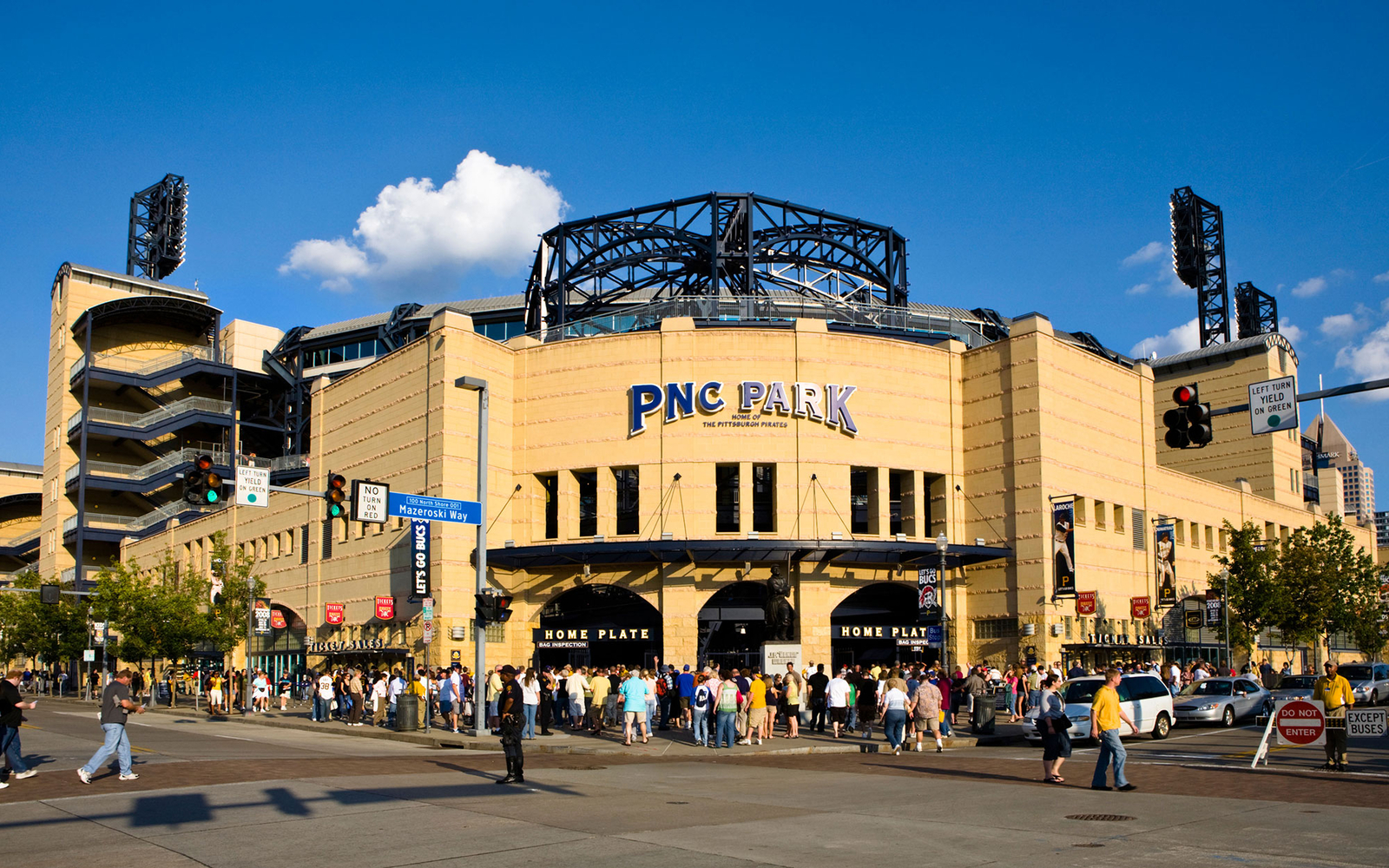 PNC Park: Pittsburgh Pirates