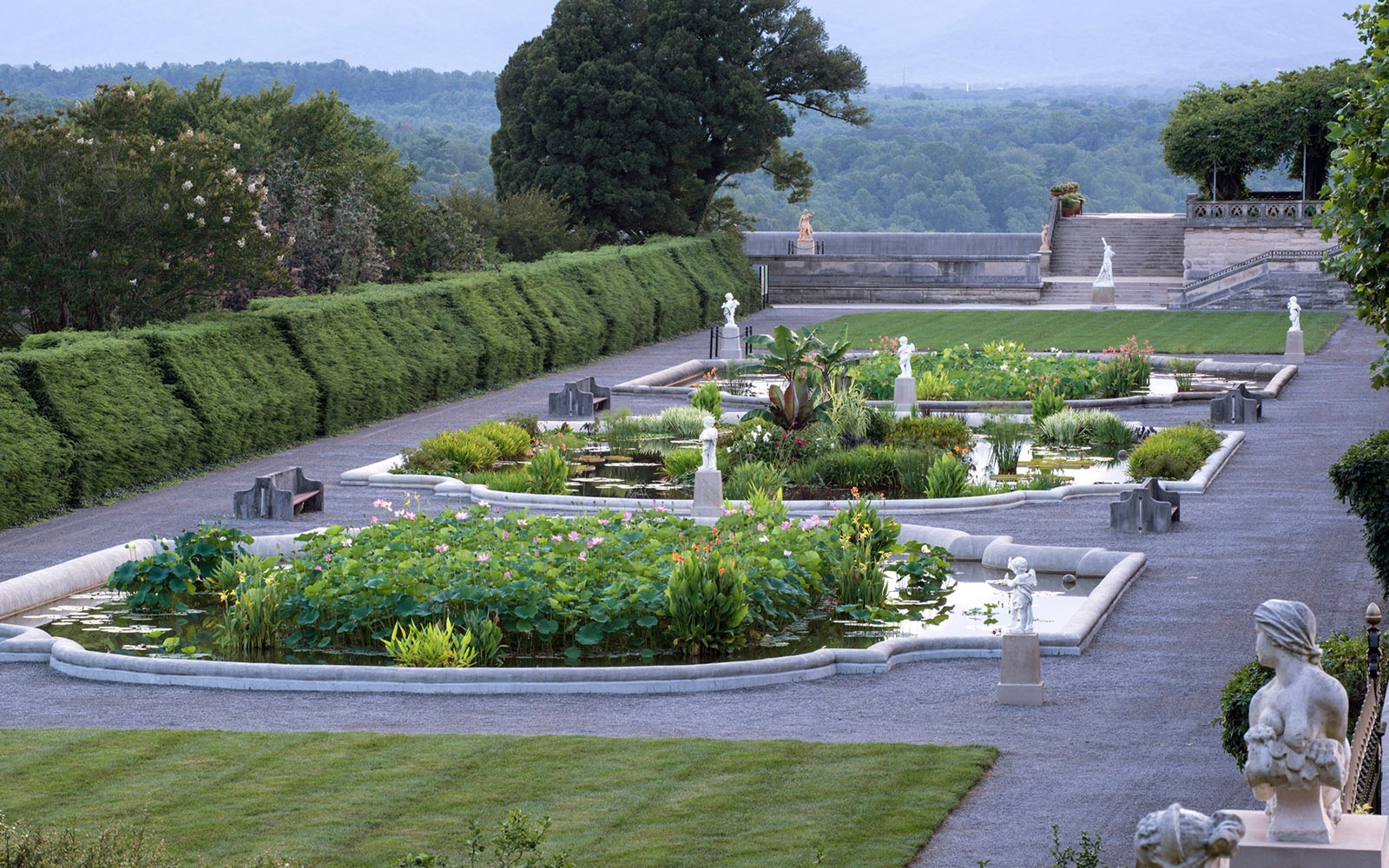 Americas Most Beautiful Gardens