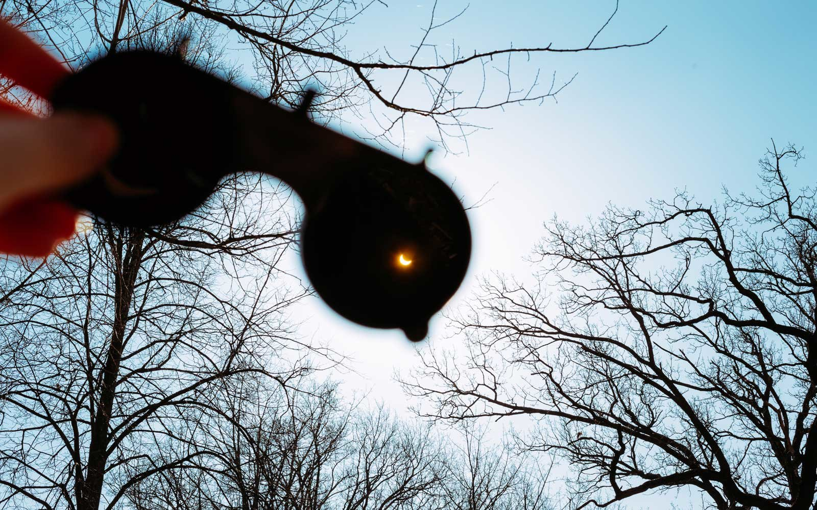 25 perfect spots for watching the total solar eclipse in august
