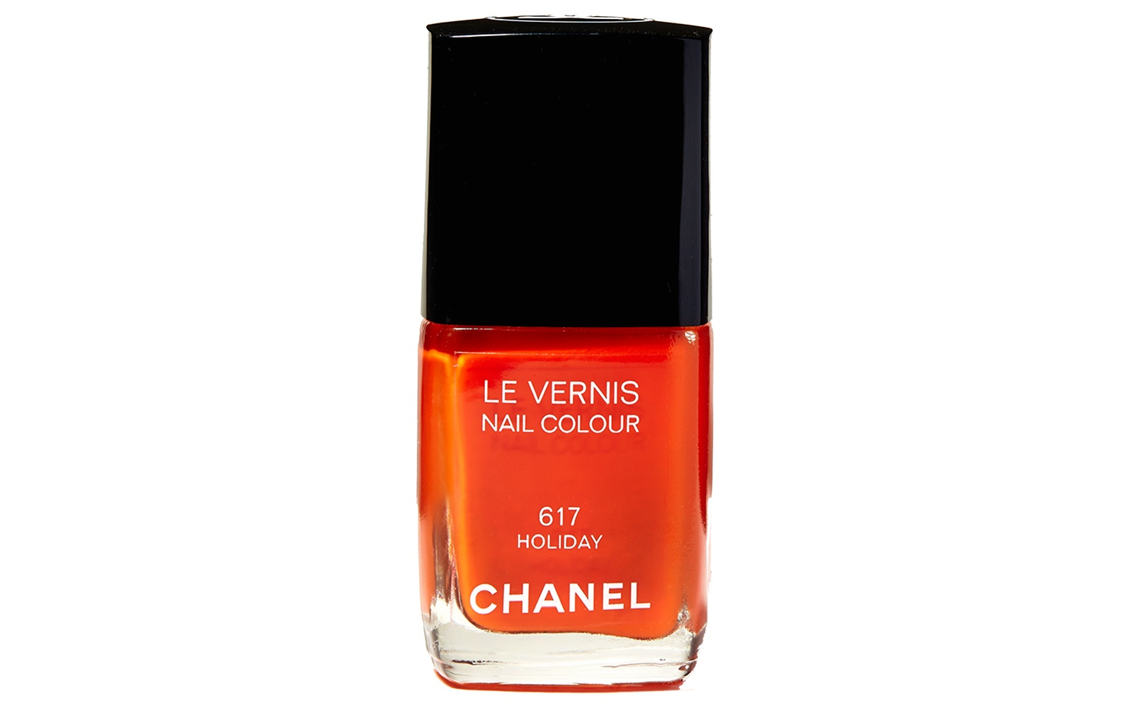 Chanel Le Vernis Nail Colour in Holiday.