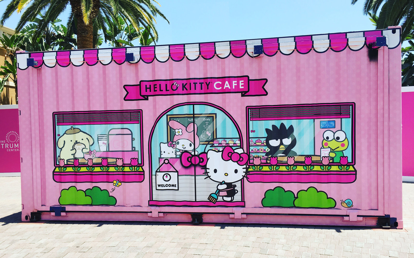 There S A New Hello Kitty Cafe In California Travel