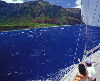 Hawaii Sailing and Snorkeling