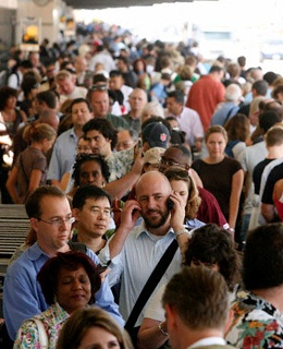 Find up-to-the-minute security line wait times