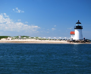 brant-point-light-200809-ss