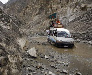 Karakoram Highway, Pakistan to China
