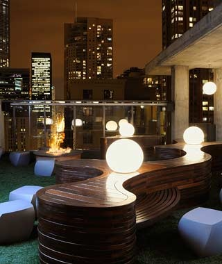 Chicago: Vertigo Sky Lounge at the Dana Hotel & Spa