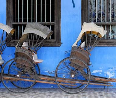 Buying—and Shipping—a Rickshaw