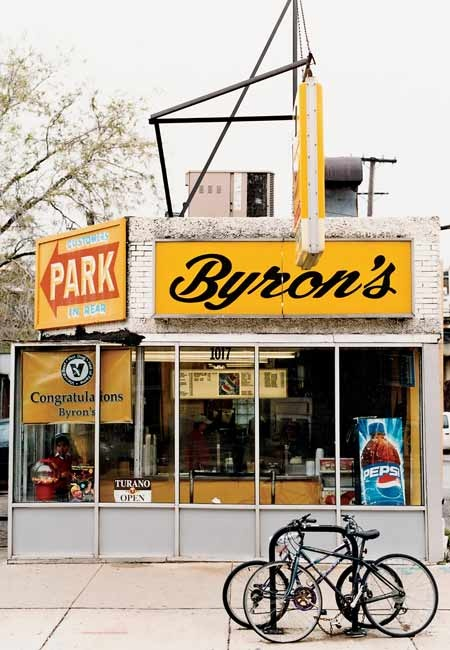 Go beyond the conventional concoction and choose from an array of fresh toppings at pared-down Byron's, tucked away in a neighborhood setting with shady outdoor picnic tables.
