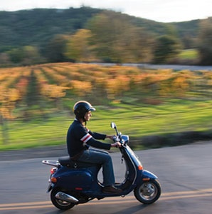 200911-a-newsflash-vespa-tours