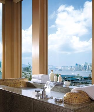 #5 Four Seasons HotelHong Kong