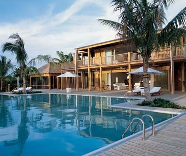 Bruce Willis, The Residence, Turks andCaicos