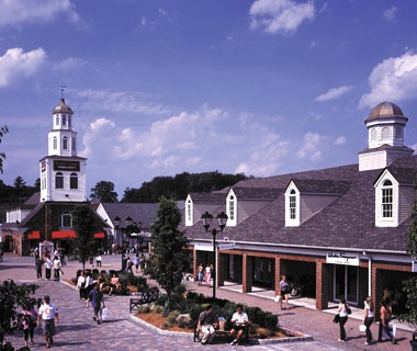 Woodbury Common Premium Outlets, New York