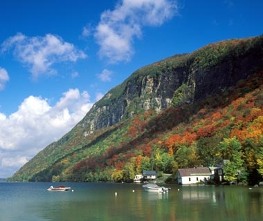 Best affordable fall foliage towns travel leisure for Lake willoughby cabins