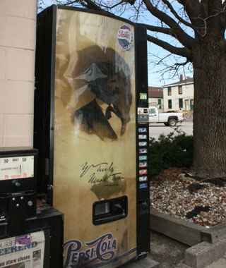 Mark Twain Pepsi Machine, Hannibal, MO