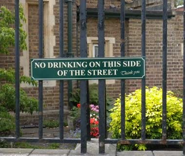 201010-w-funnysigns-drinking