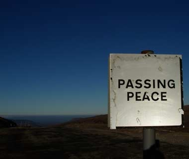 201010-w-funnysigns-peace