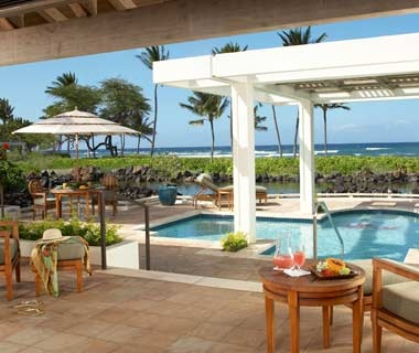 guest pool at Mauna Lani Bay Hotel & Bungalows on Big Island, HI