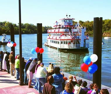 Civil Rights Movement History and Riverboats in Montgomery, AL