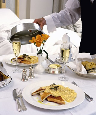 Travel Fee: Room-Service Charges