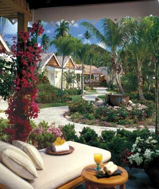 Mary Louise Parker & Charlie Mars — Four Seasons Resort, Nevis