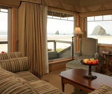 Guest room at the Stephanie Inn Hotel in Cannon Beach, OR