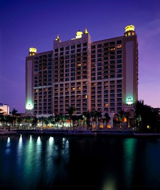 Ritz-Carlton beachfront hotel in Sarasota, FL