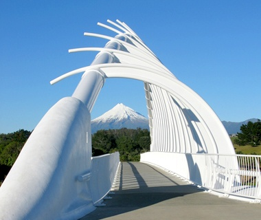 Te Rewa Rewa Bridge, New Plymouth, NZ