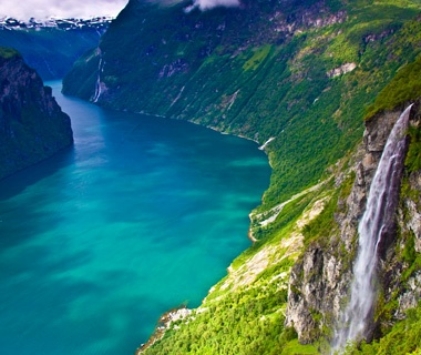 Norway: Through the fjords betweenGeirangerfjord and Valldal