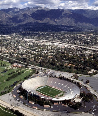 Rose Bowl: Pasadena, CA
