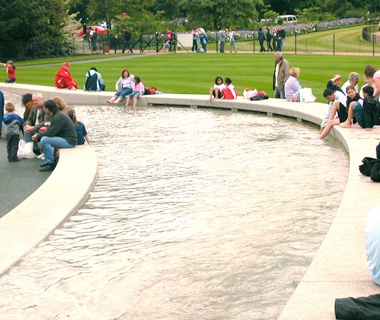 Diana, Princess of Wales Memorial Fountain, London