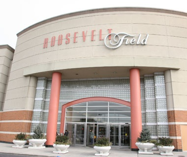 America 39 s most visited shopping malls travel leisure for Roosevelt field garden city ny
