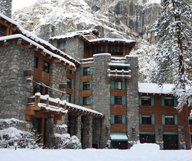 201112-w-holiday-hotels-ahwahnee