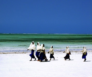 201201-w-beaches-reader_photos-zanzibar