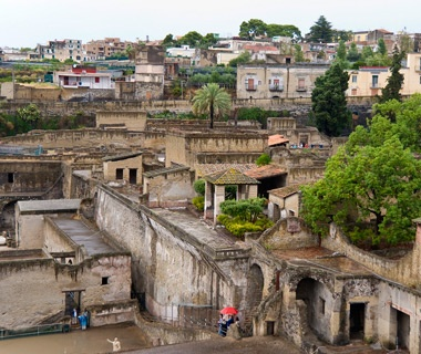 201205-w-most-visited-ancient-ruins-herculaneum