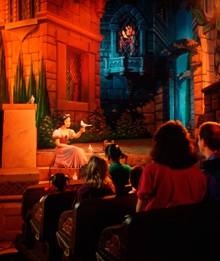 Snow White's Scary Adventures (Disneyland)