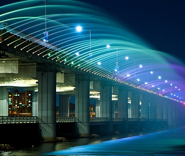 Moonlight Rainbow Fountain, Seoul