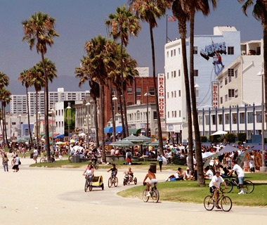 201206-w-crowded-beaches-venice-beach