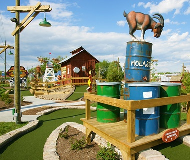Ripley's Old MacDonald's Farm Mini Golf, Sevierville, TN