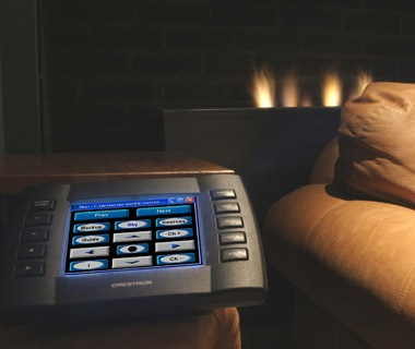 201209-w-overhyped-hotel-trends-bedside-control-panel