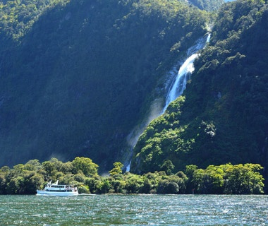 Sailing the Milford Sound, New Zealand