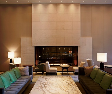 Best Hotel, 100 or More Rooms Palace Hotel Tokyo