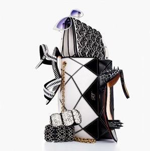 201303-a-black-and-white-accessories