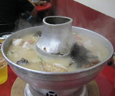 Whampoa Food Street (Keng) Fish Head Steamboat, Singapore