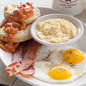 201303-a-eat-like-a-local-best-breakfasts-big-bad-breakfast-mississippi