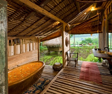 World\'s Coolest Hotel Bathtubs | Travel + Leisure