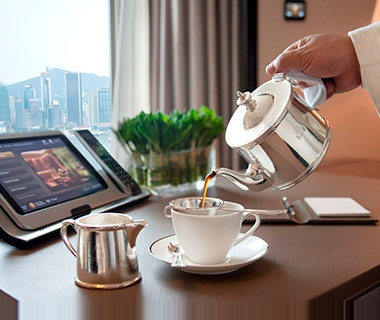201305-w-worlds-best-hotel-service-peninsula-hong-kong